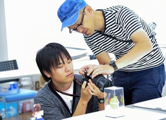 【東京校】アニメイトTVで活躍中の卒業生が特別授業♪「ライターとしておさえておくべきカメラの心得」とは!?