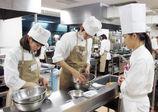 企業の方々を迎えて就職オーディションの調理実習♪【レコールバンタンブログ☆】