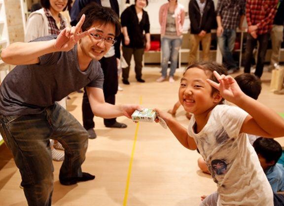 【東京校】1年の努力が、形に!学童保育「こどもみらい塾」さんに、アナログゲームの完成作品をプレゼント!!