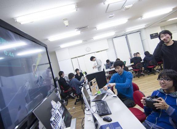 【東京校】各学部を代表する作品は!?2015年度修了展をレポート!