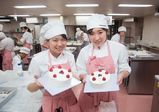 ケーキ作りの基本!ショートケーキ作りに挑戦★【レコールバンタンブログ☆】