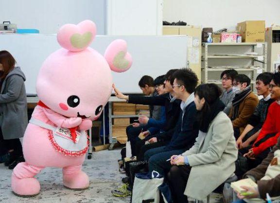 【東京校】目黒区非公認キャラクター「めぐろン」を盛り上げる、産学協同「めぐろンプロジェクト」始動!