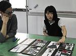 【授業レポート!】テキスタイル プレゼンテーション ~テキスタイル表現からスタイル画への発展~