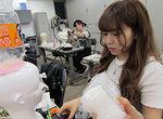 【授業レポート!】業界で活躍する卒業生『KOHZAKI KUNIO』さんによるヘッドピース制作授業!
