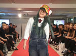 """【特別授業レポート!】ファッションショーの舞台裏を支えるお仕事""""フィッター""""実習授業!"""