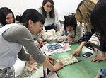 【授業レポート!】ニットで作るオリジナルテキスタイル ~かぎ編みにチャレンジ~
